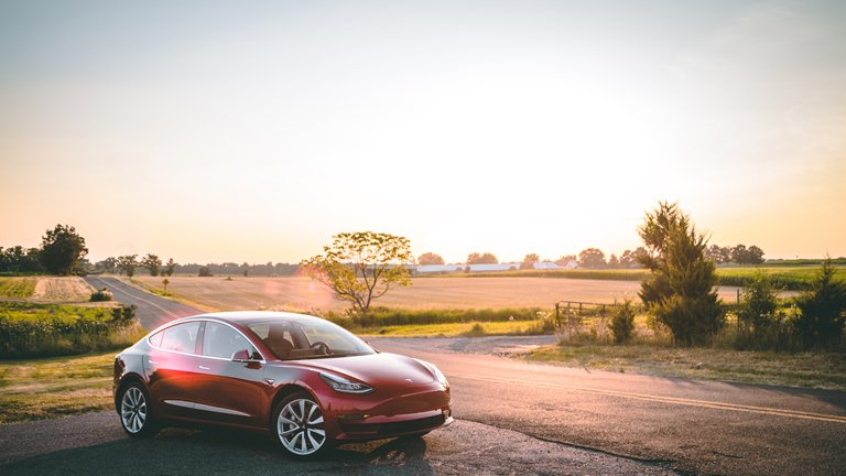 Tesla Qualifies for Canada's Zero-Emission Tax Credit
